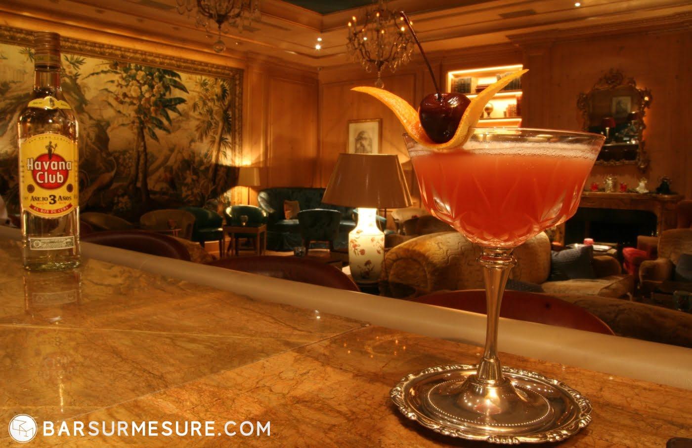 bar sur mesure station custom cocktail bar the cuban balance alexis taoufiq